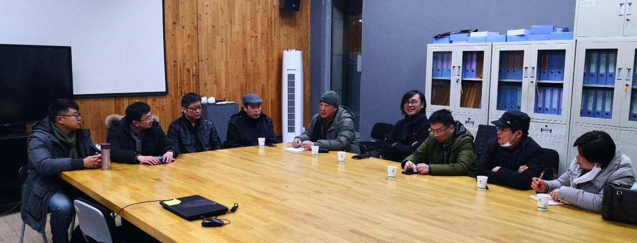 学会党的工作小组召开扩大会议